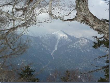 双珠別岳に登る時見た沙流岳
